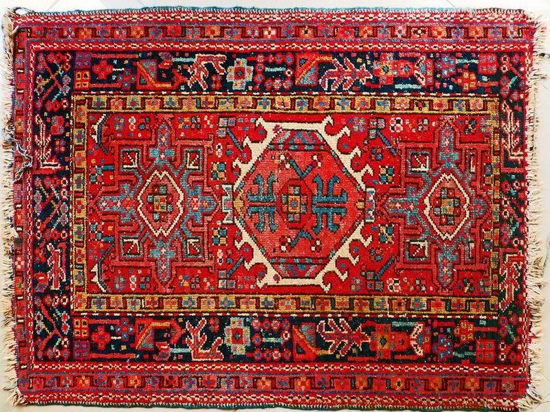 שטיח פרסי מסורתי אדום